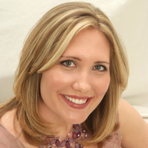 She Creates Website for Christian Creatives - About Christine Leahy, Creative Director