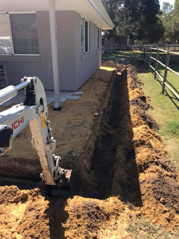 excavating retainer wall footing in Byford WA
