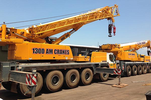 100 tonne all terrain crane hire