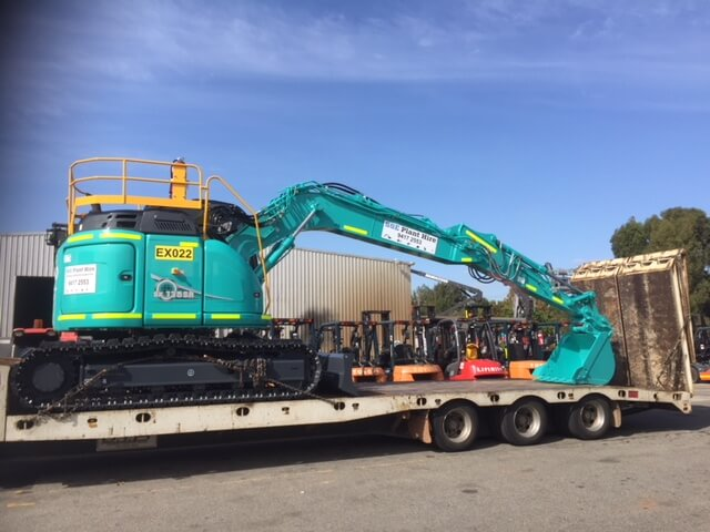 13 Ton Excavator Hire being transported to site