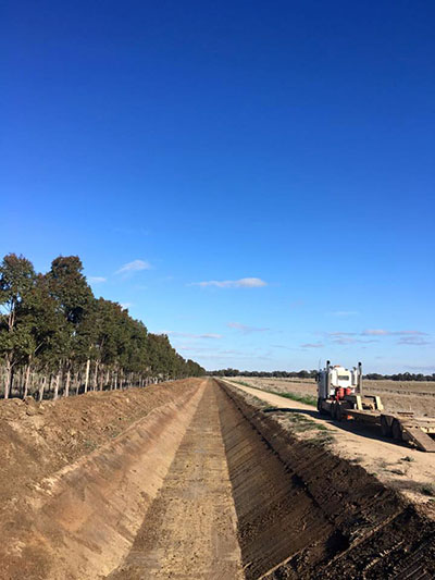 Lawton-Earth-Works-Gallery-Jerilderie-drainage-site