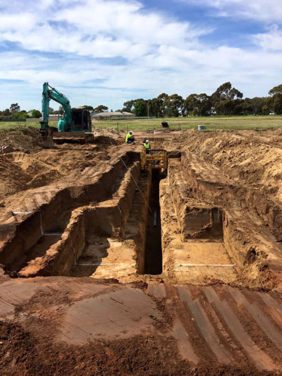Lawton-Earth-Works-Gallery-Jerilderie-earthworks-construction