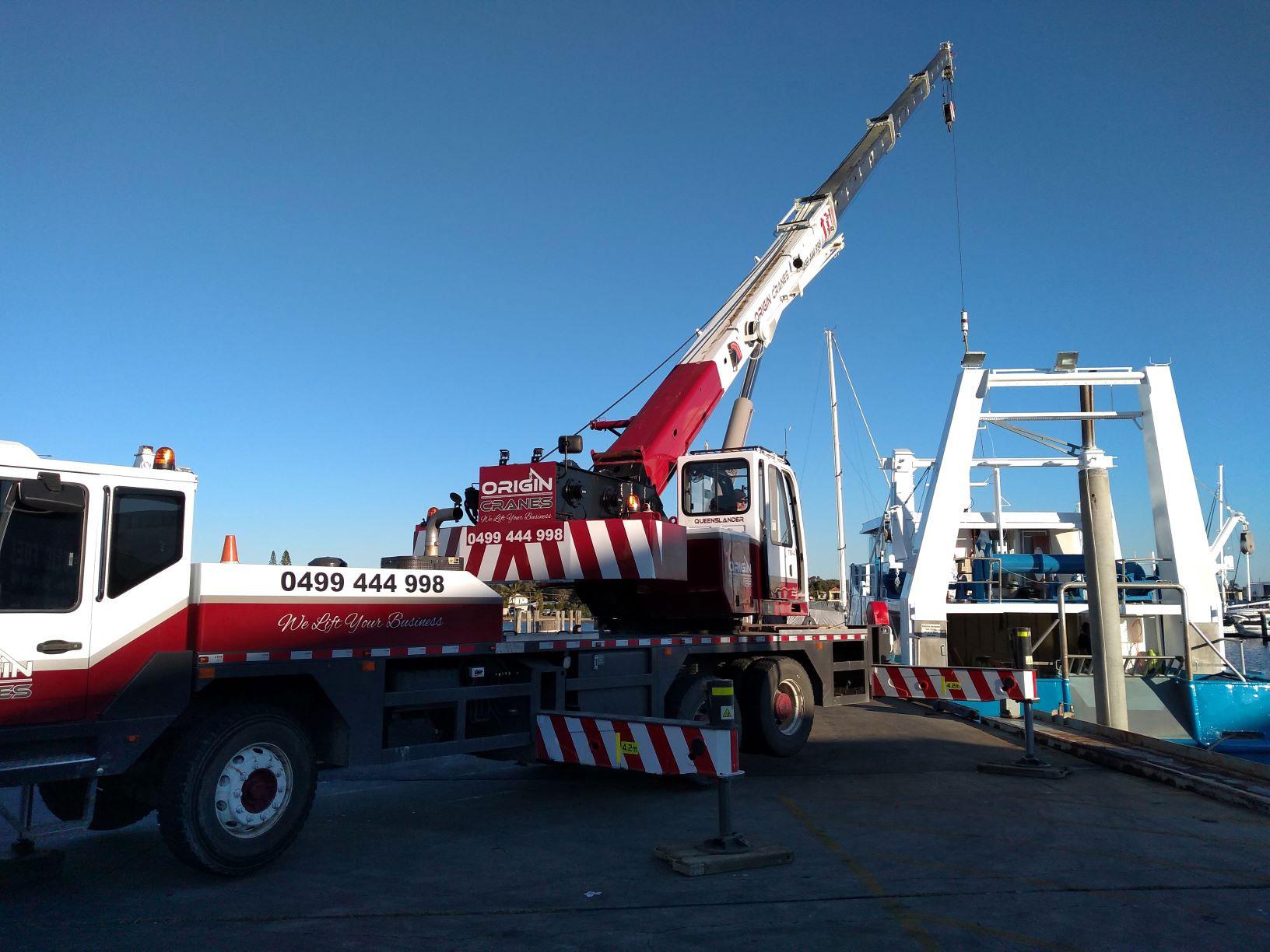 25T Truck mount for hire Sunshine Coast