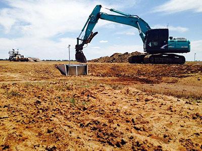 Lawton-Earth-Works-Jerilderie-excavator-drainage-civil-construction-02