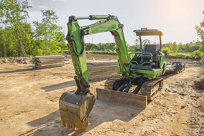 365-Plant-Hire-green-excavator-Belmont-onsite-during-the-day
