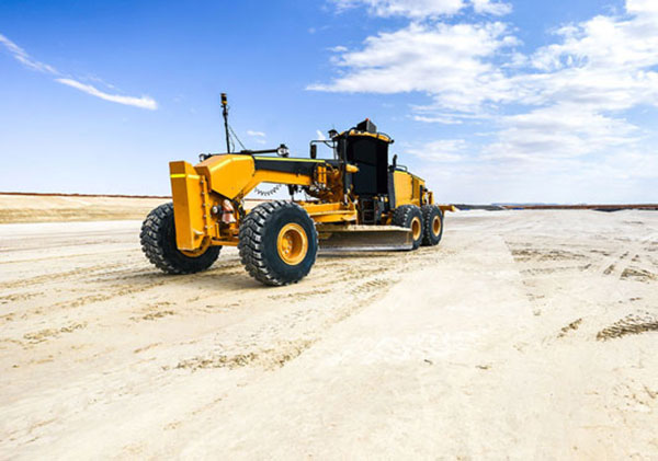 365-Plant-Hire-yellow-grader-Belmont-stand-alone-during-the-day