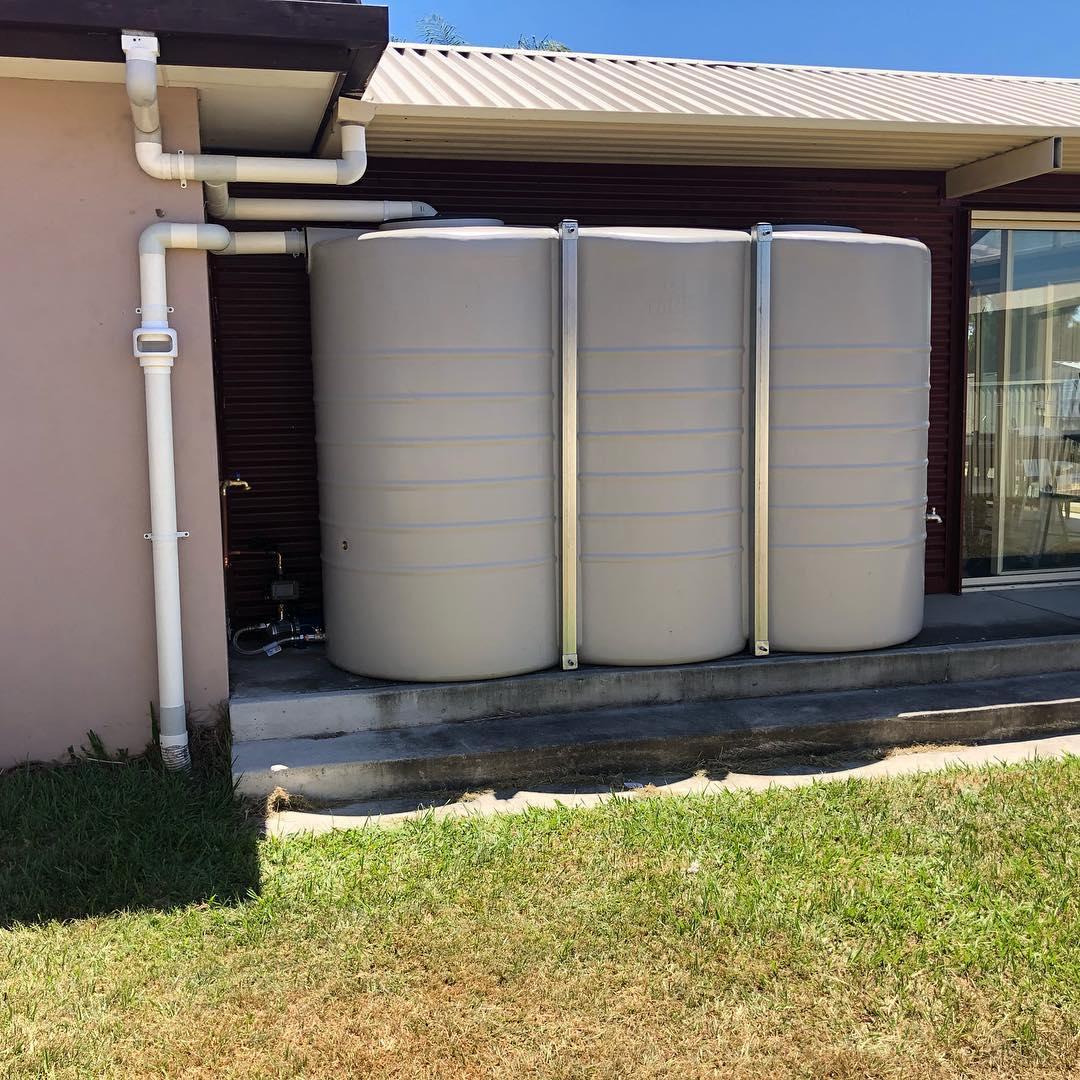 rain water tank install