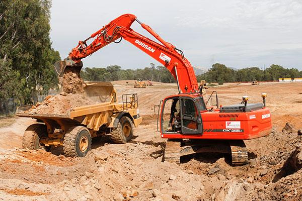 A-P-Delaney-DX255-D25D-Dump-Truck-Excavator-Hire-Albury