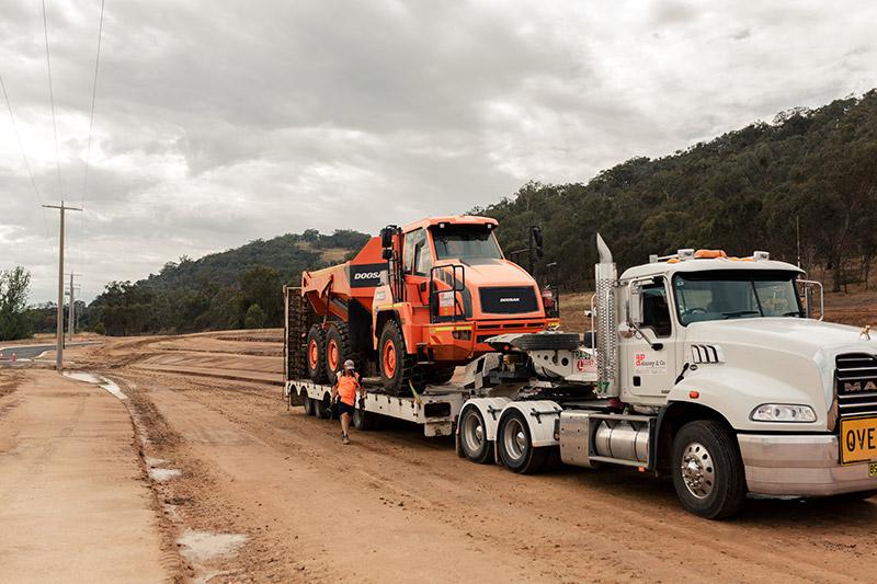 A-P-Delaney-Road-Truck-Transport-Float-Dump-Truck-Hire-Albury