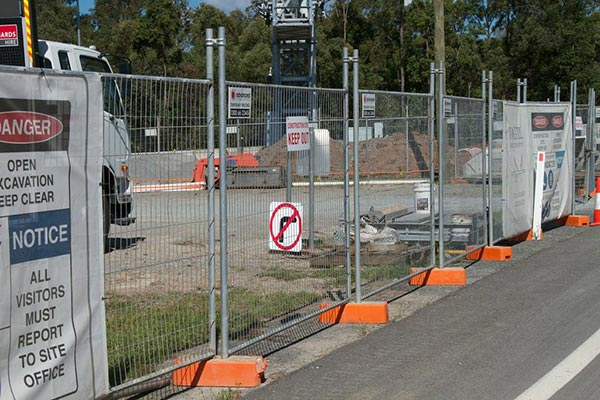 Advanced-Group-Temporary-Fencing-Site-Fencing-Building-site-security-temporary-fencing-4-site-fencing
