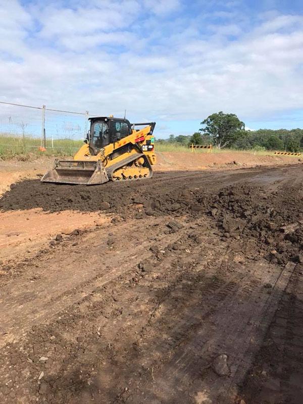 Advanced-Plant-Hire-CAT-Bobcat-subdivision-contractor-kempsey