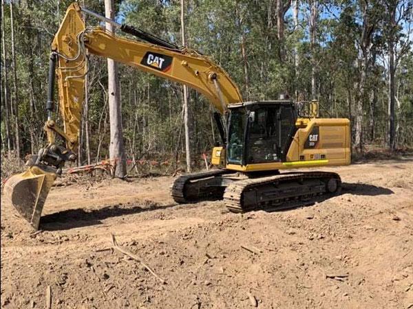 Advanced-Plant-Hire-Excavator-CAT-323-bulk-earthmoving-kempsey
