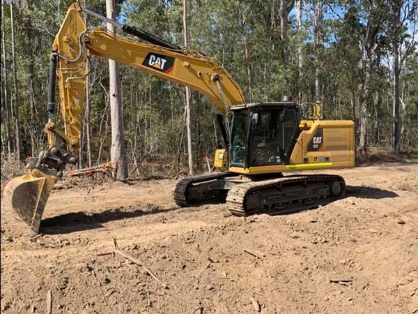 Advanced-Plant-Hire-Excavator-CAT-323-excavator-hire-kempsey