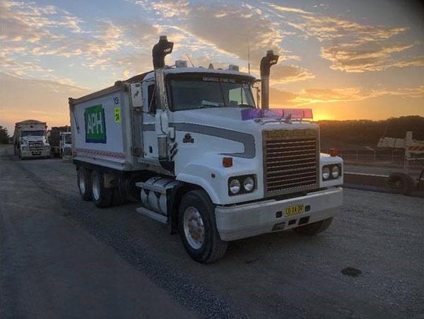 Advanced-Plant-Hire-Road-Truck-bulk-haulage-kempsey