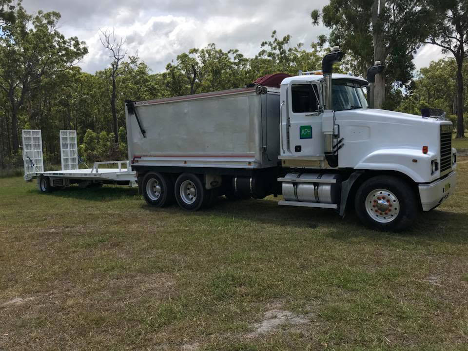 Advanced-Plant-Hire-Tipper-Truck-with-Trailer-road-truck-hire-kempsey