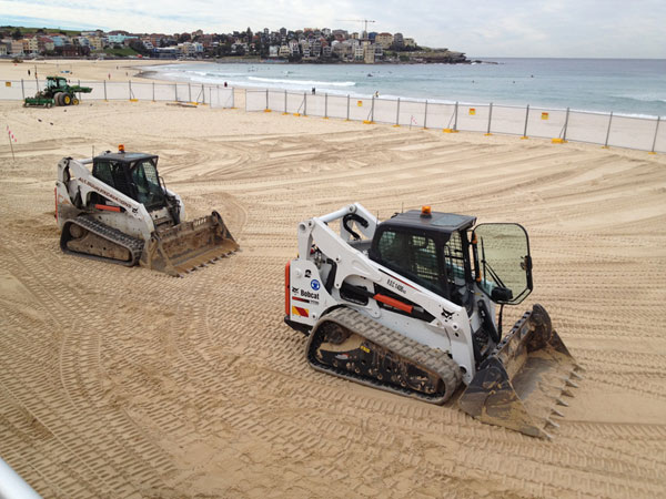 All-Dunn-Excavations-bobcat-sand-levelling Sydney