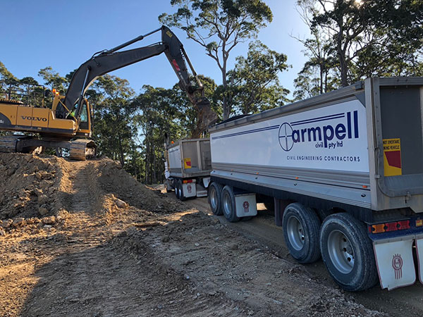 Armpell-Civil-bulk-earthworks-excavator-tipper-Batemans-Bay