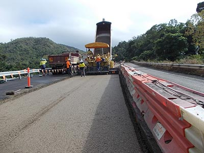Base-Pave-NQ-Road-Base-Paving-Cold-Recycling-road-truck-operators