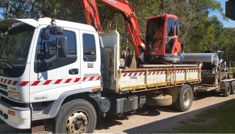 Caloundra Bobcat Hire Bobcat and Truck