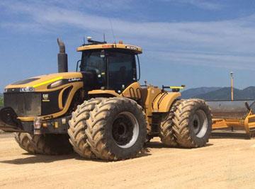 Bowmans Earthmoving scraper final trim