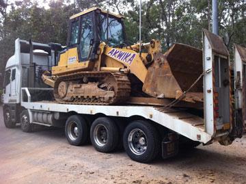 CAT-loader-hire-953C