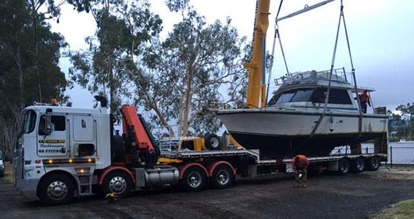 CQ-Crane-Hire-boat-transport