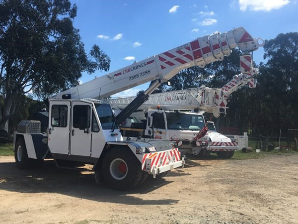 Cab-Cranes-25t-Franna-North-Brisbane