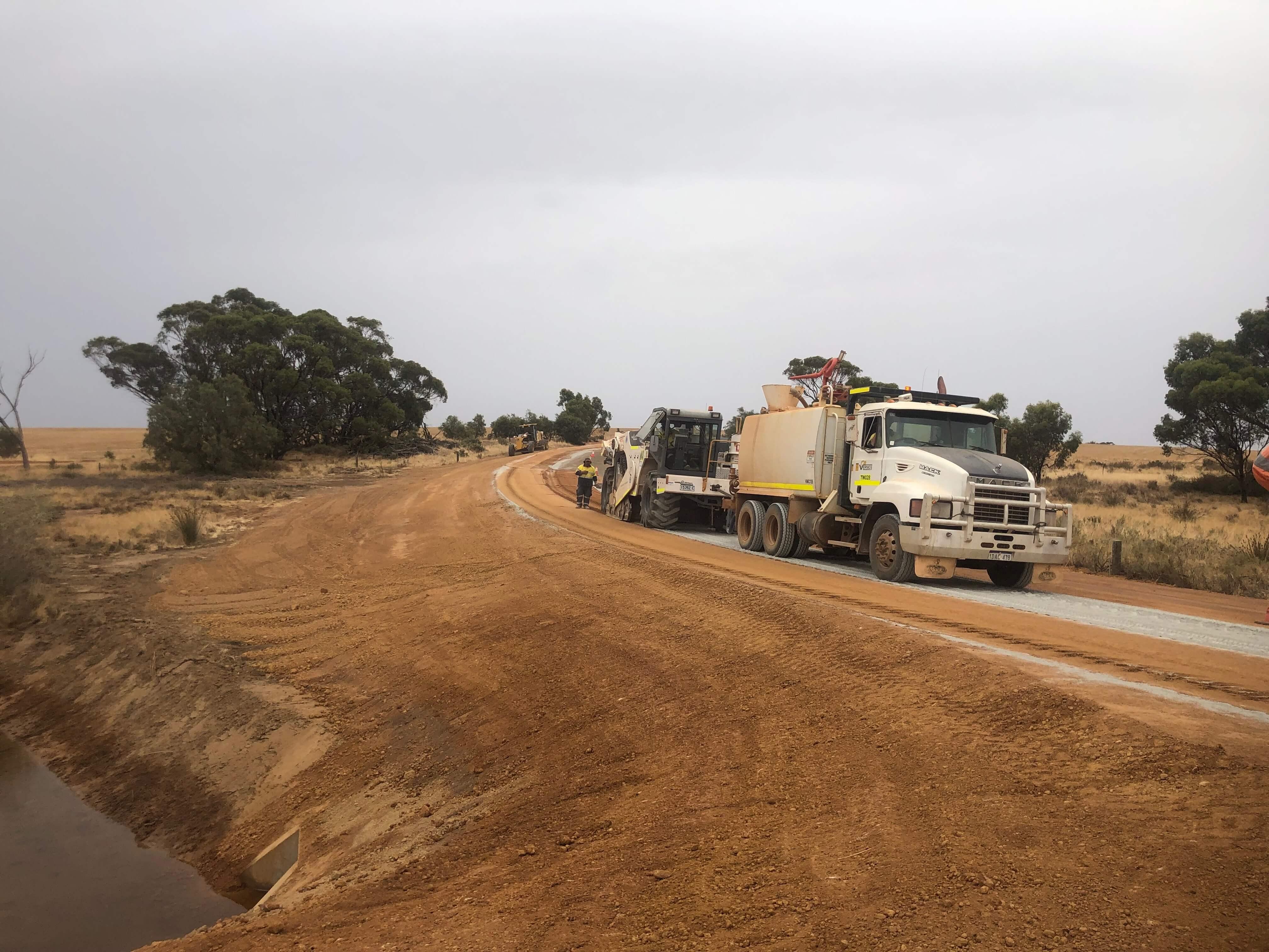 vernice-10000L-water-cart-hire-perth-western-australia
