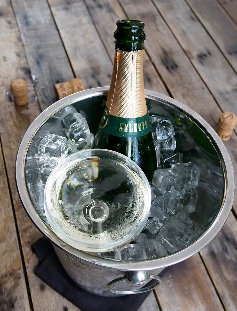 You can't buy happiness, but you can buy Cava! Try in Bar.Celona at 21, Duxton Hill