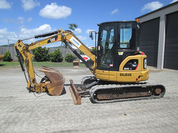 CATERPILLAR 304C EXCAVATOR FOR HIRE