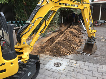 Dial-A-Digger-Electrical-Plumbing-Trenching-Feature