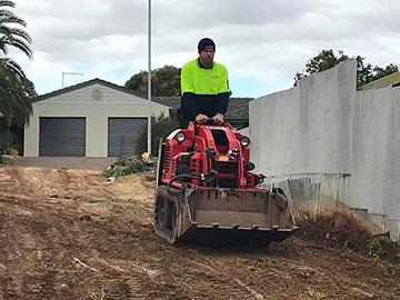 Dial-A-Digger-operator-dingo-bucket