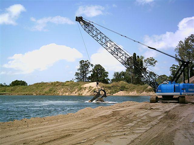 Caldme Excavations - dragline excavator