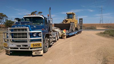 FWG-Contracting-Transport-Float-Front-End-Loader-Mildura