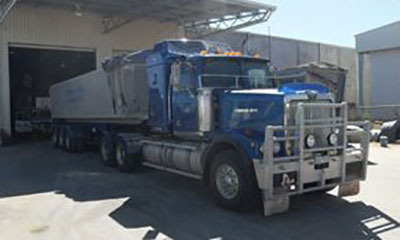 FWG-Contracting-Truck-Backed-In-To-Get-Loaded-Tipper-Hire-Mildura