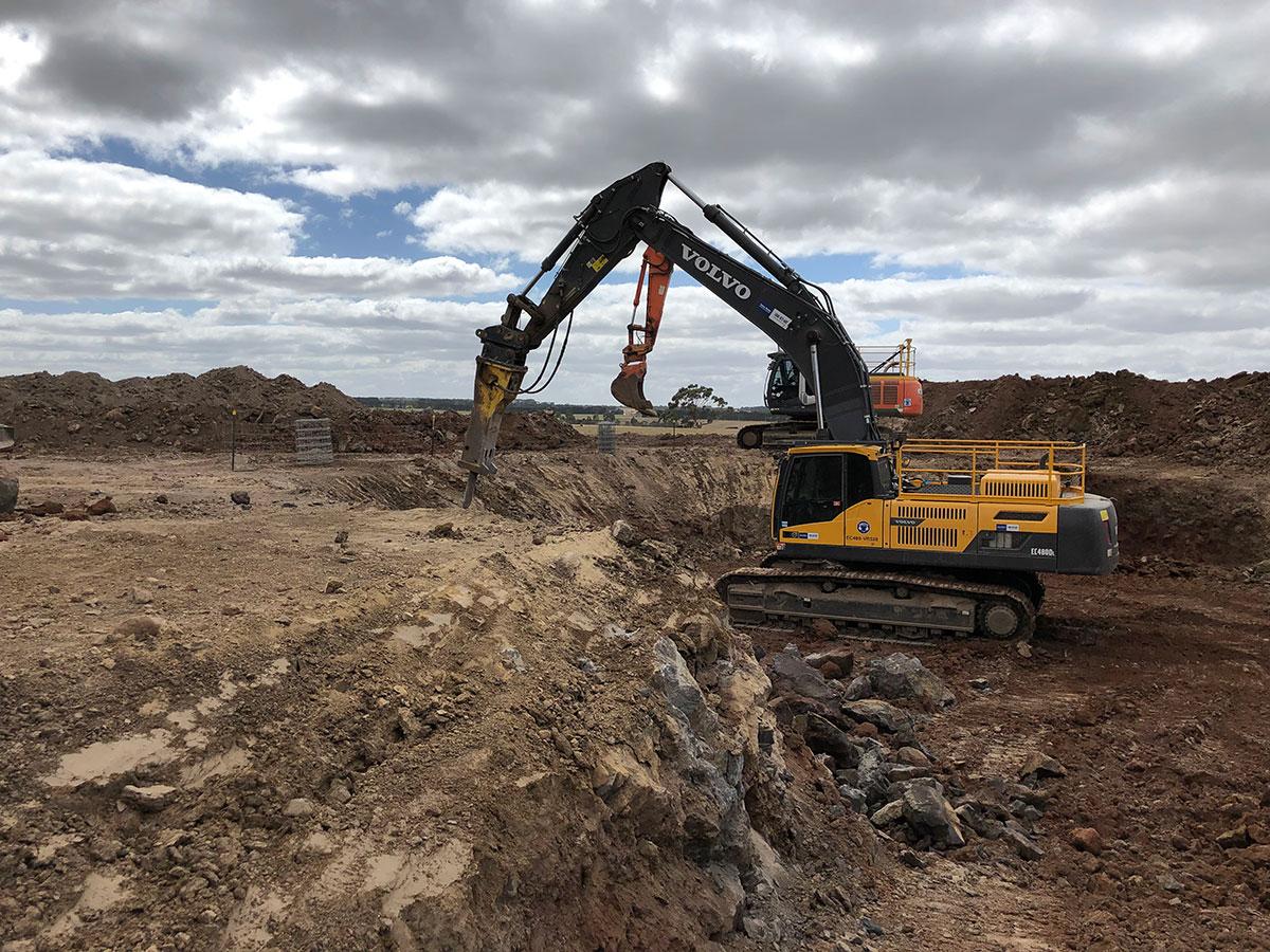 Fletcher-Bros-Solutions-dual-excavator-quarry-excavation-quarry-contracting-melbourne