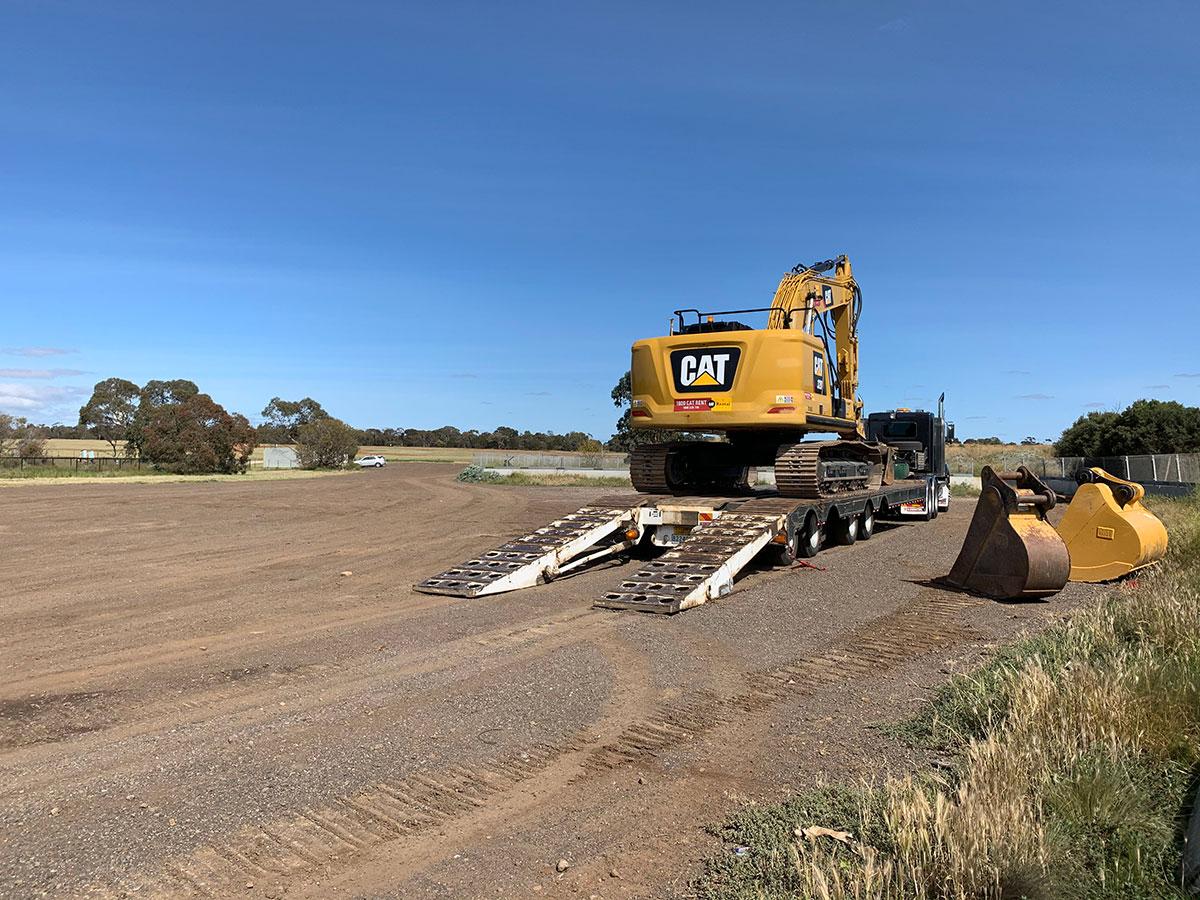 Fletcher-Bros-Solutions-excavator-bucket-attachments-float-heavy-haulage-melbourne
