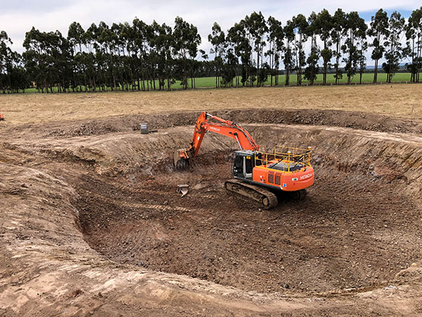 Fletcher-Bros-Solutions-excavator-earthmoving-civil-construction-contracting-melbourne