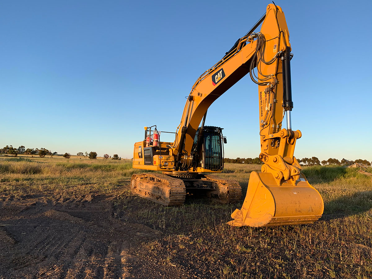 Fletcher-Bros-Solutions-excavator-hire-onsite-excavation-Plant-Equipment-Hire-Melbourne