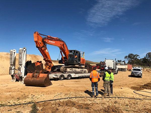 Fletcher-Bros-Solutions-fleet-machines-float-excavator-heavy-haulage-melbourne