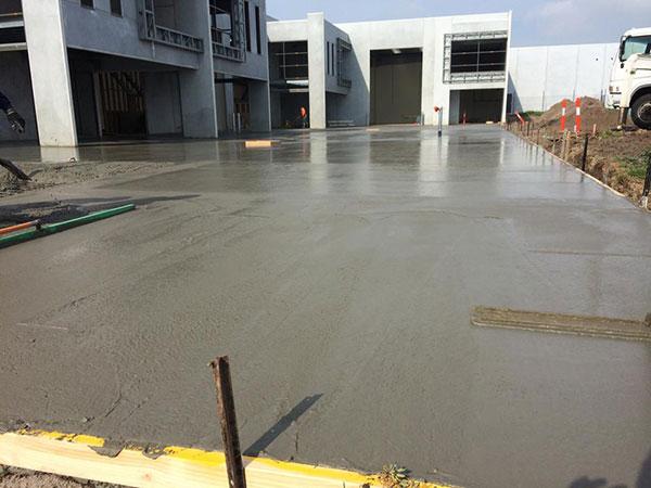 Get-Pumped-Concrete-Pumping-Commerical-Concrete-Slabs-commercial-concrete-pumping-melbourne.