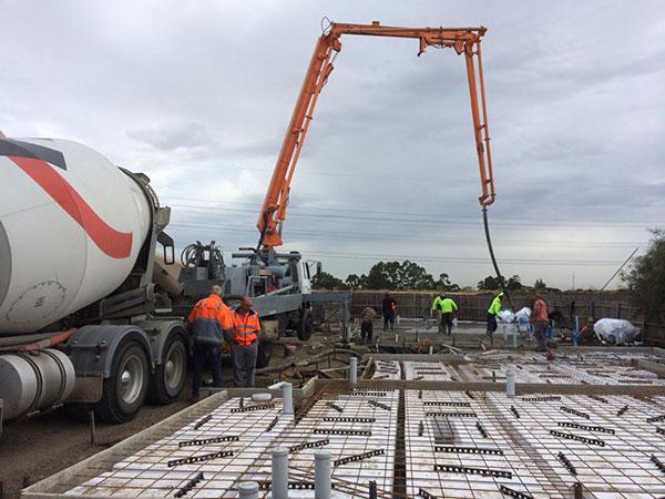 Get-Pumped-Concrete-Pumping-Concrete-slab-Concrete-Boom-Pump-Hire-concrete-slabs-melbourne