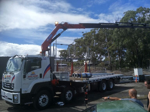 Gold Coast Crane Trucks Zola Crane Nerang