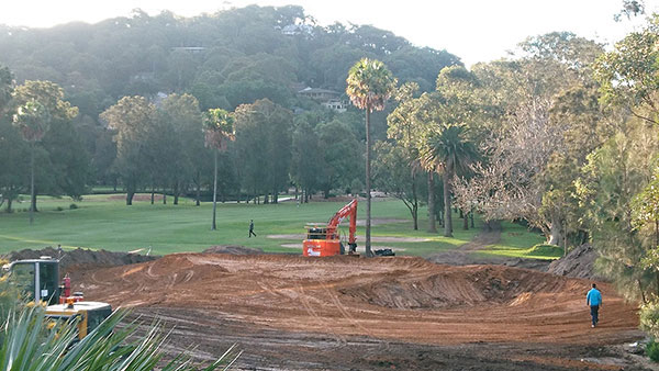 golf-spectrum-golf-course-building-consultation-brisbane-landscaping-maintenance-orange-excavator