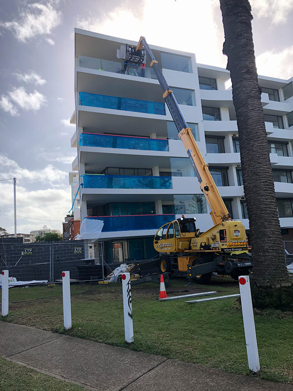 Hi-Range-Crane-Hire-Telehandler-Hire-Pegasus-4025-work-platform-tight-access-Campbelltown