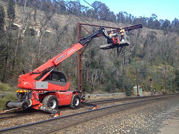 Hi-Range-Crane-Hire-Telehandler-Rail-Hire-EWP-hi-rail-crane-hire-rail-services-campbelltown