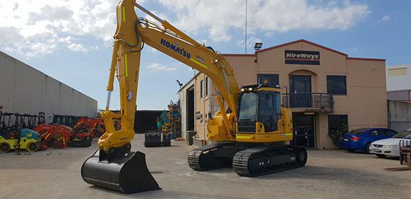 Hireways-23T-Komatsu-PC223-Excavator-Perth