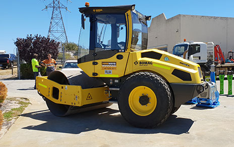 Hireways-7T-Bomag-Smooth-Roller-Perth-Cropped