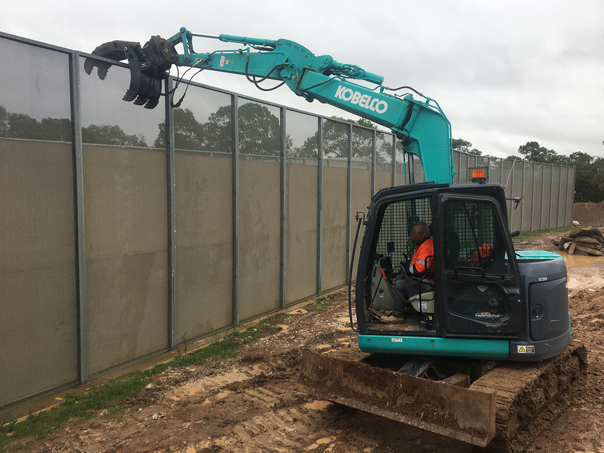 Kennedy Hire - excavator fence