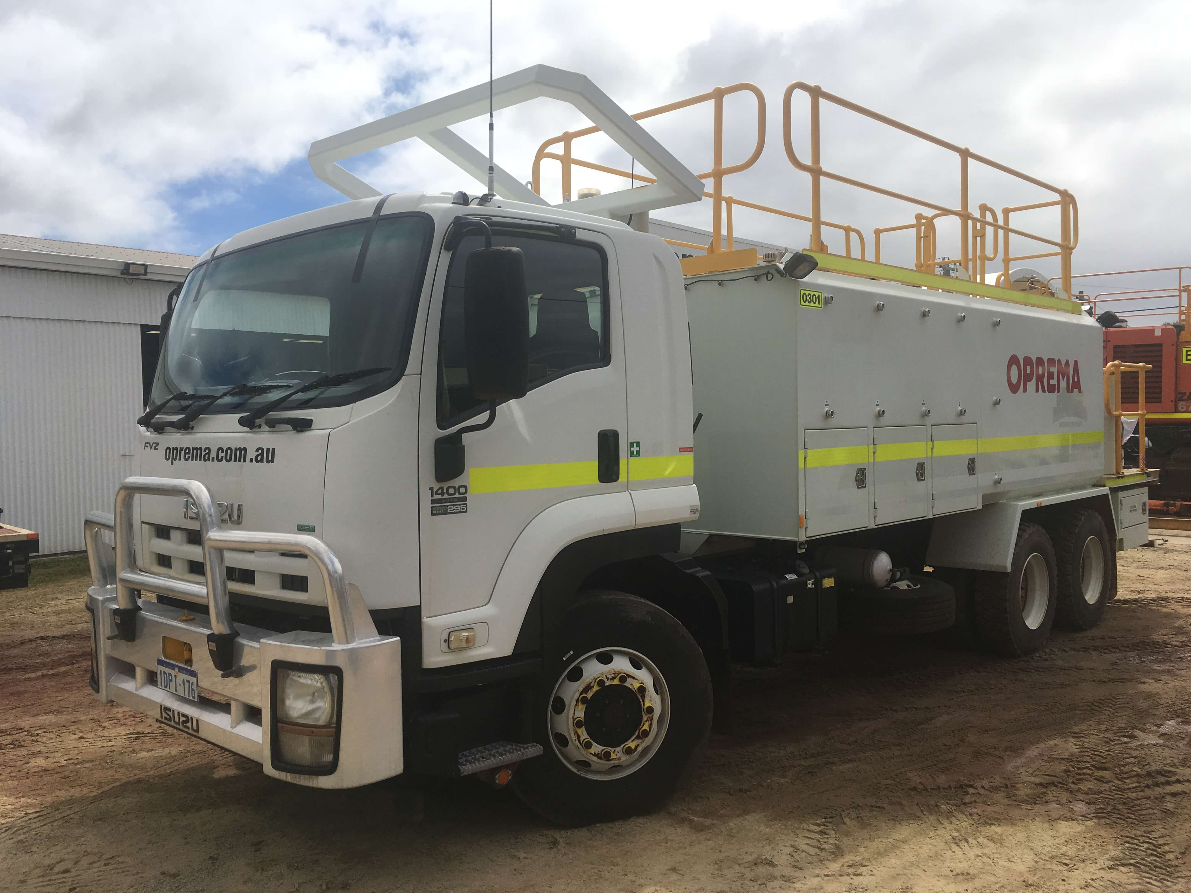 Oprema Service road truck